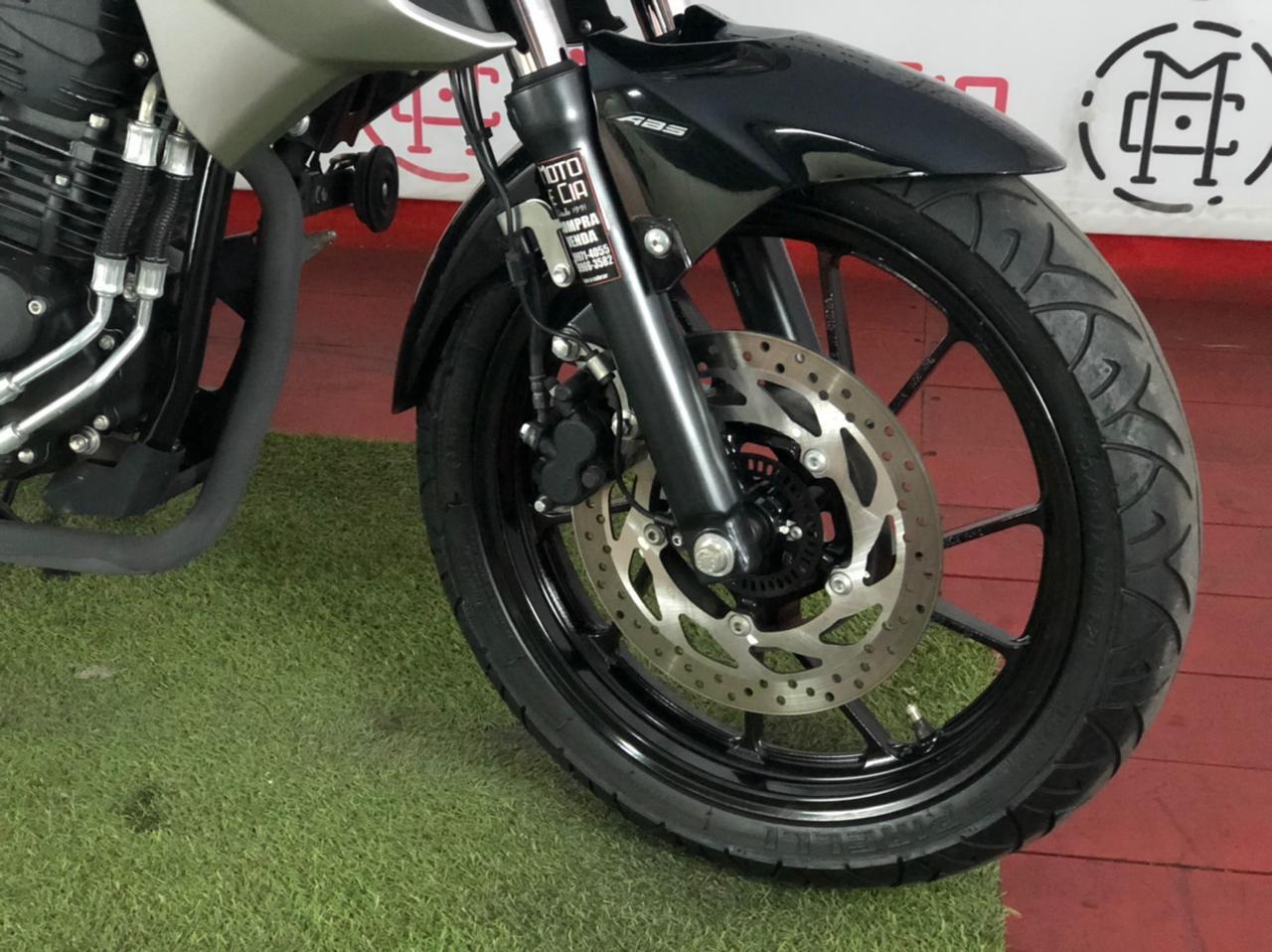 Yamaha - FAZER FZ25